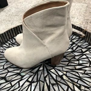 Joes suede ankle boot